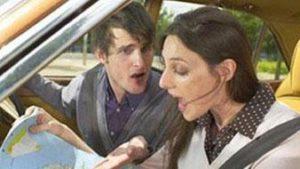 Homme et femme en voiture