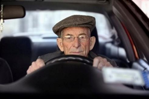 conducteur âgé