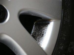 poussière de freins