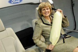 L'airbag de ceinture de chez Ford