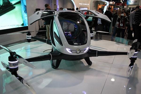 Ehang 184 drone volant taxi autonome véhicule électrique CES 2016