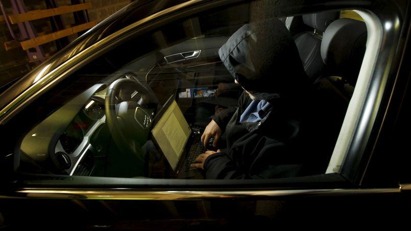 mouse jacking piratage de voiture connectée vol de voiture