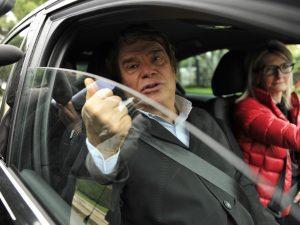 Bernard Tapie s'est vu remettre un avis de rétention de permis par les gendarmes suite à un excès de vitesse