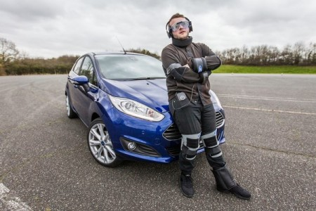 Une combinaison anti-drogue mise au point par Ford pour la prévention des jeunes conducteurs