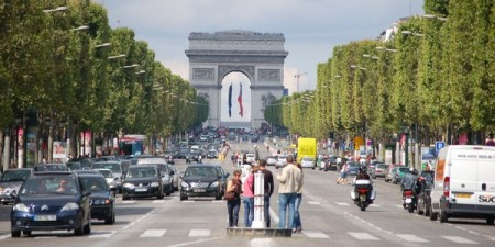 Mobilité Ile de France Anne Hidalgo limitations de vitesse périphérique 40 millions d'automobilistes grand référendum